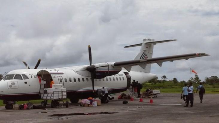 Foto Bandara di Dobo Kepulauan Aru