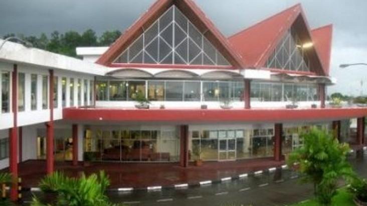 Foto Bandara di Pattimura Ambon