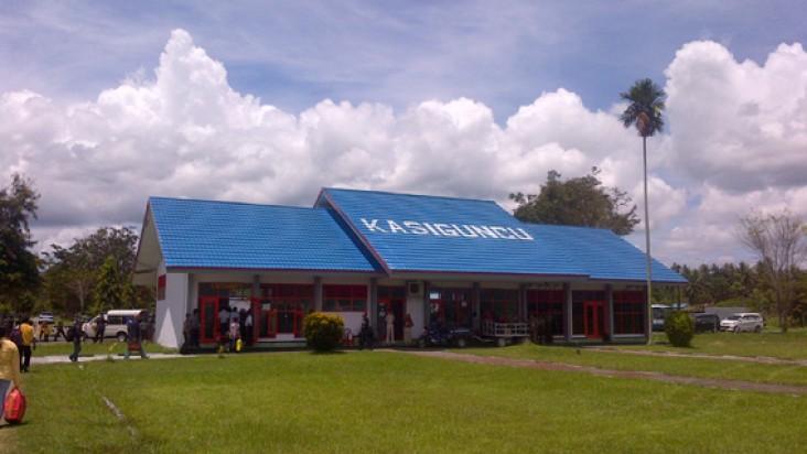 Foto Bandara di Poso, Kasiguncu Poso