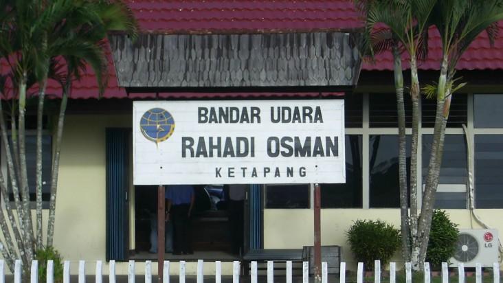 Foto Bandara di Rahadi Oesman Ketapang