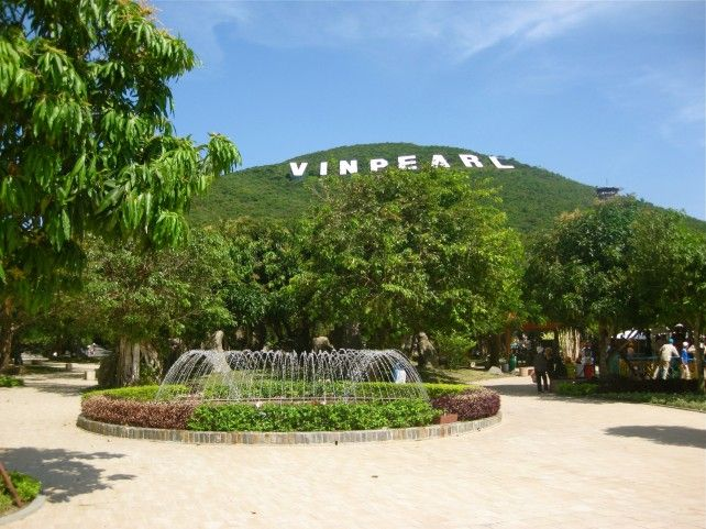 Admission to Vinpearl Land with Transfers Services