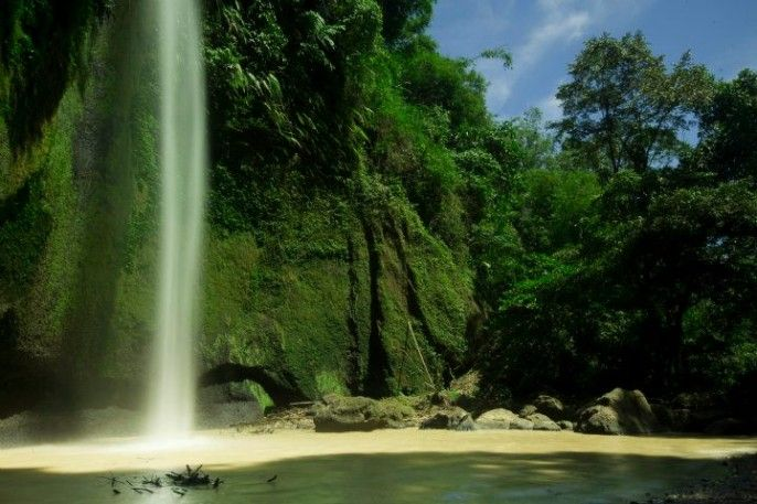 Air Terjun Tumimperas Pinaras