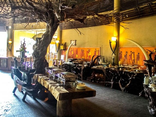 Dining with the Lions at Tsavo Lion Restaurant