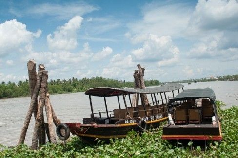 Full-day Mekong Delta (Ben Tre) Tour with Transfer Services