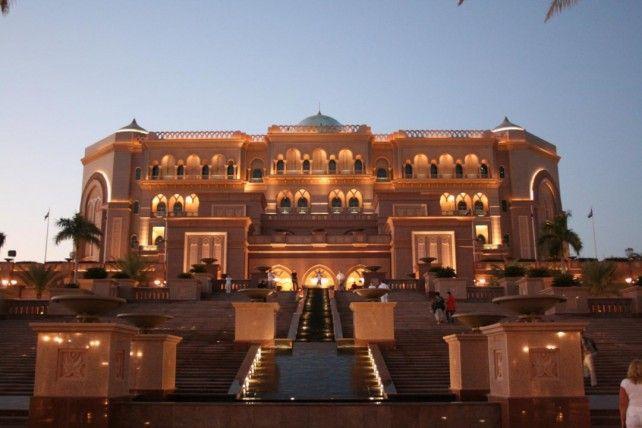 Hakkasan Restaurant Buffet Dinner at Emirates Palace with Transfers