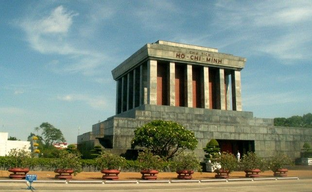 Half-day Sightseeing Tour around Hanoi