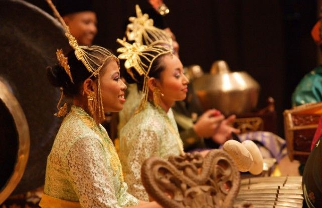 Kuala Lumpur Cultural Sightseeing Tour by Night