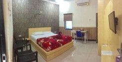 La Derra Hotel