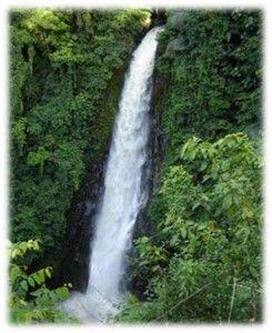 Air Terjun Palamba  Minahasa
