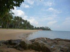 Pantai Pasir Kuning