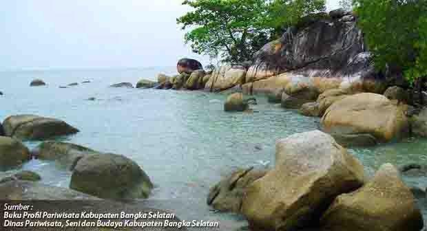 Pantai Batu Bedaun Rajik