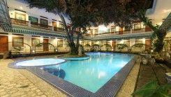 Sahira Butik Hotel (Syari\'ah hotel)