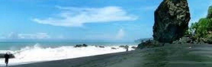 Watu Godeh Beach